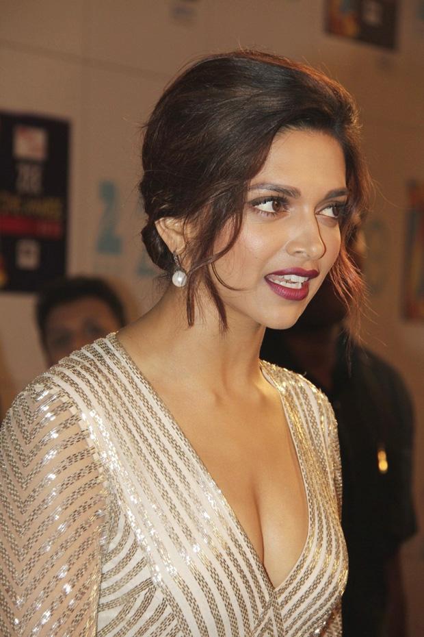 Deepika Padukone Hot Glamorous Photos In White Dress