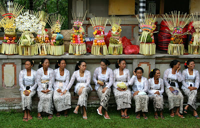 Ceremony in Pura Taman Ayun, Hindu ritual, Hindu ceremony in Bali, Holiday in Bali, Adventure in Bali