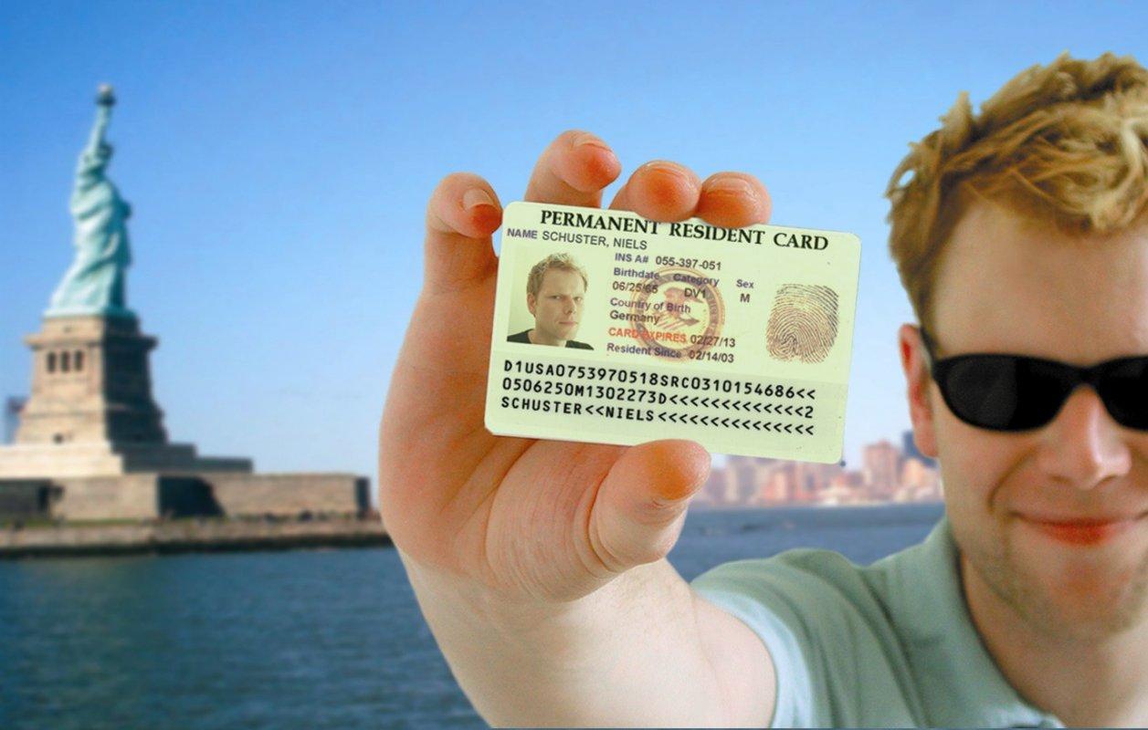 """الأسئلة الأكثر شيوعًا في مقابلات """"Green Card"""" البطاقة الخضراء ؟"""