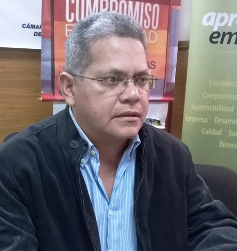 el presidente de la Cámara de la Construcción del estado Bolívar (CCEB), Oscar Gómez