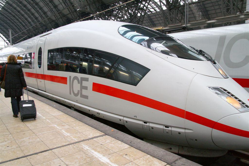 普世價值: 德中兩國高鐵事故善後對比