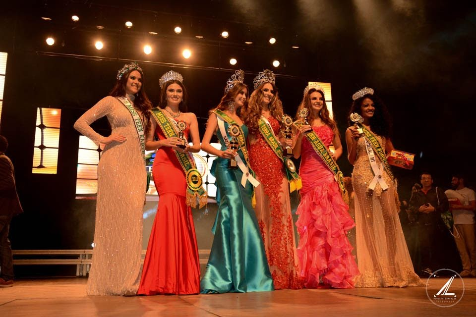 Finalistas do Miss Teen Terra Brasil 2018 e 2019. Foto: Augusto Lorenzzo