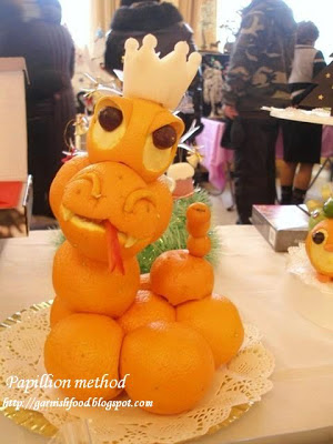 how to make fruit sculpture