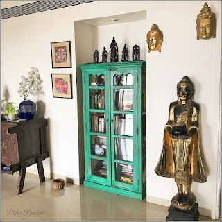 https://pinkzpassion.blogspot.ca/2016/11/a-vintage-modern-home-tour-shalaka.html?showComment=1482147518531