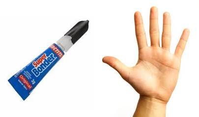 como quitar super glue de tus dedos