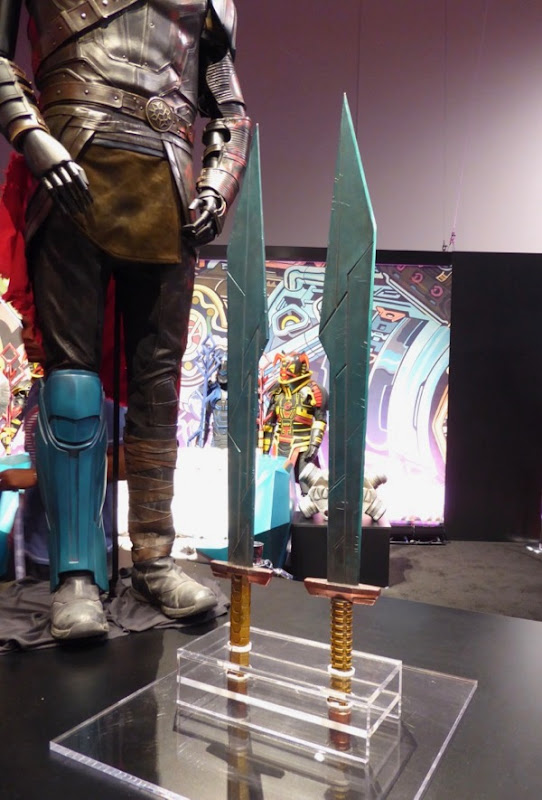 Tho  Ragnarok movie sword props