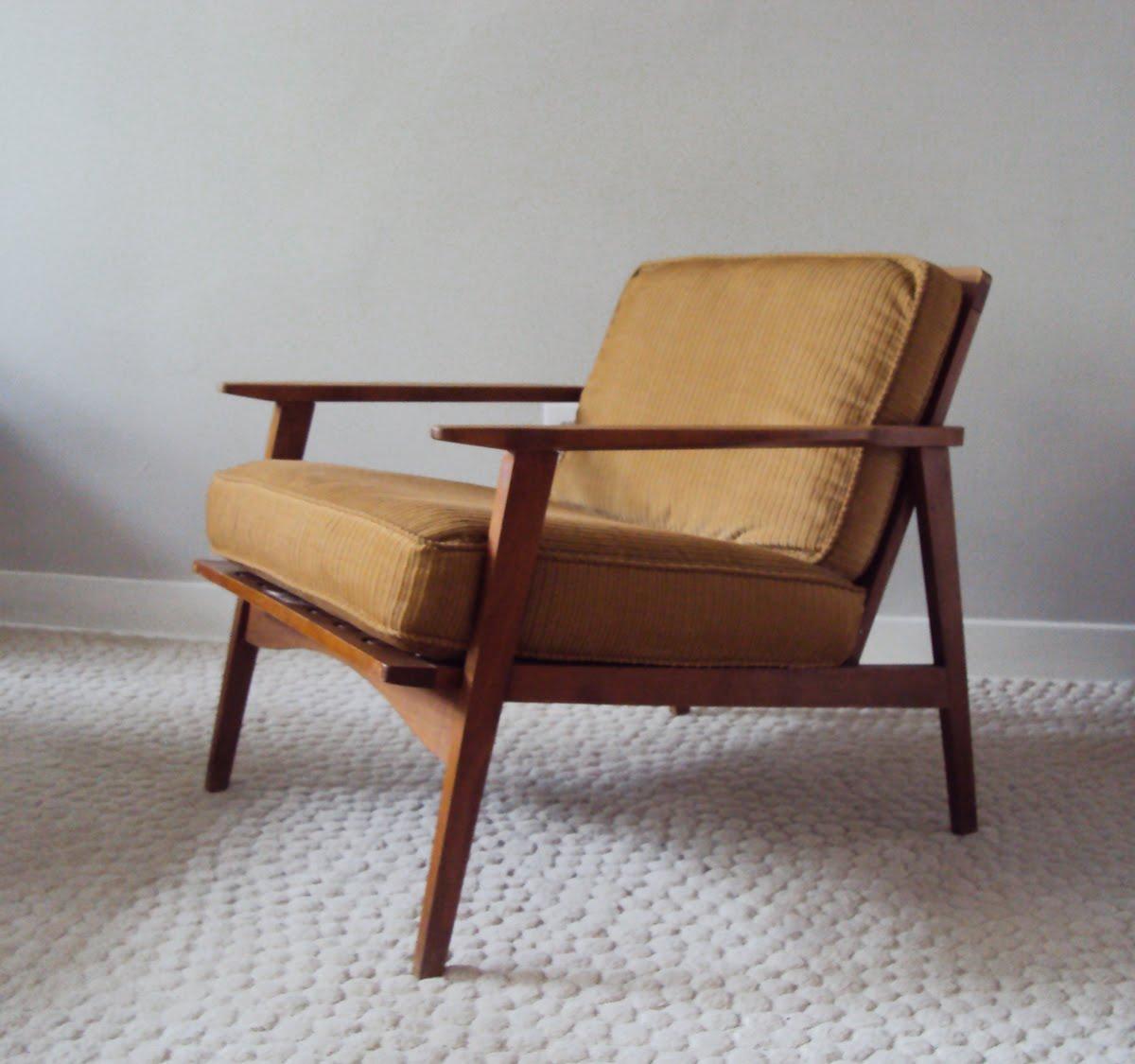 str8mcm: Mid Century Lounge Chair