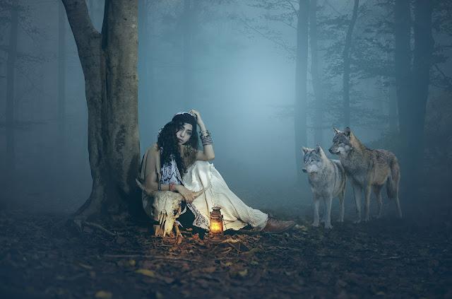 Girl with wolf photoshop manipulation Tutorial