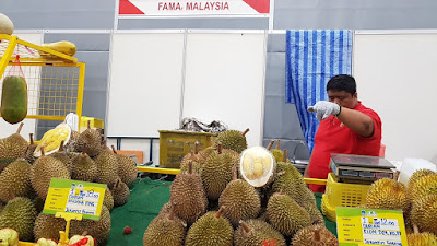 FAMA also had fresh durian on the scene.