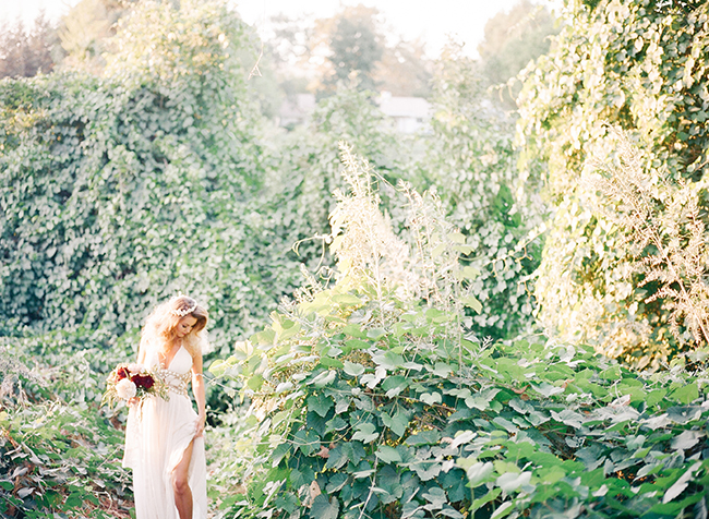 Sage and Burgundy Wedding Inspiration