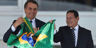 Lauro Jardim: Bolsonaro estimula ataques ao vice Mourão