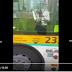 بالفيديو: سائق حافلة أمازيغي بأوربا يرحب بالركاب الاوربيين  باللغة الامازيغية اثناء الصعود الى الحافة