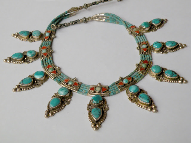 Turquoise and coral necklace in ethnic style