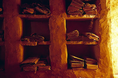 Οι αρχαίες βιβλιοθήκες στη μέση της ερήμου της Μαυριτανίας, και οι σπουδαίοι φύλακες τους