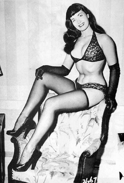 Betty Page Alt