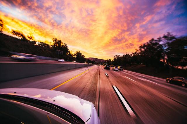 Vacanta cu masina: 4 lucruri de care TREBUIE sa ai grija