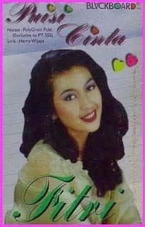 Fitri Handayani - Puisi Cinta ( Karaoke )