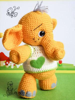 Слоненок игрушка крючком