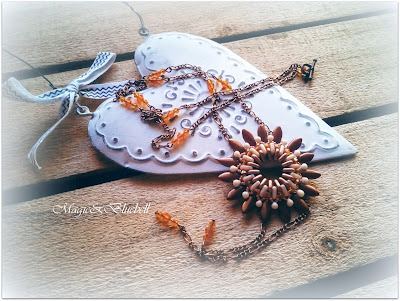 Game flower pendant