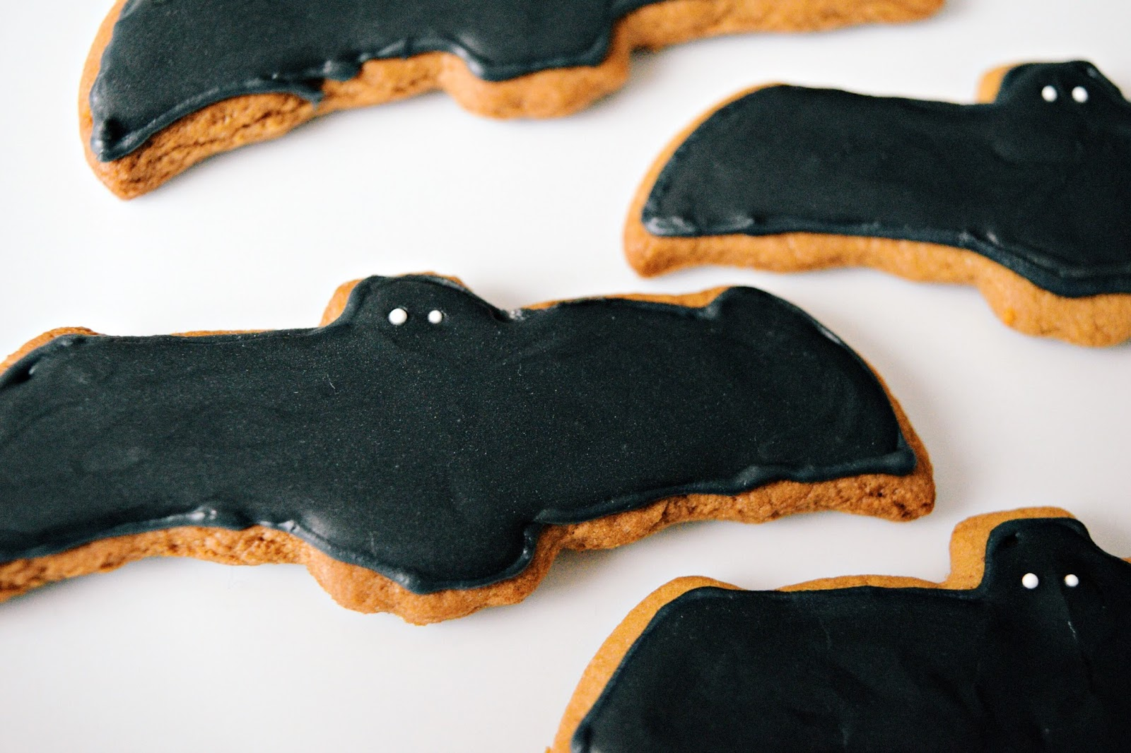 halloween decorated bat cookies