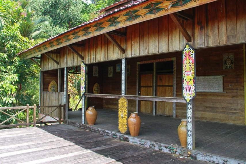 Melihat Rumah Bentang Samalantan di Bengkayang Kalimantan Barat