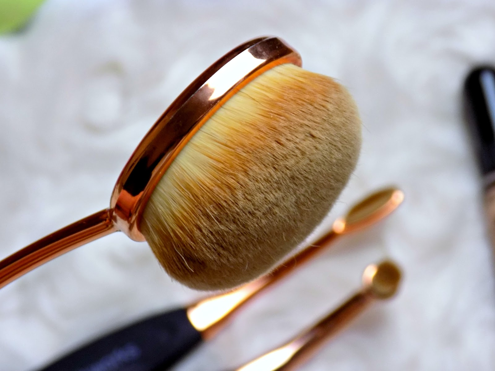 makeup brushes and sponges from BrushWorks
