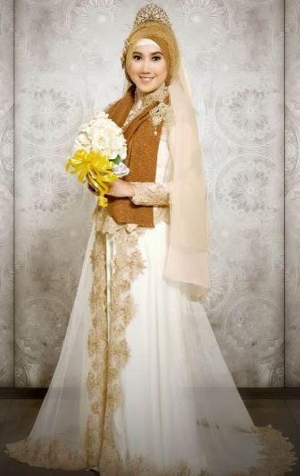 Baju gaun pengantin muslim yang trendy