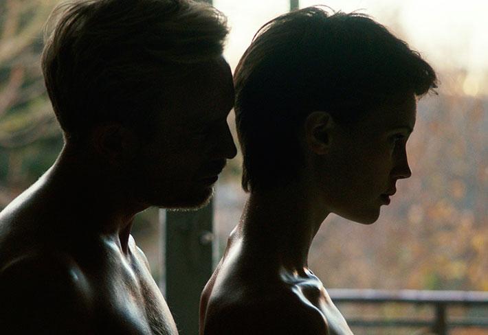 Festival Varilux de Cinema Francês 2018 | 'O Amante Duplo', novo thriller de François Ozon, traz erotismo e perturbador nó psicológico
