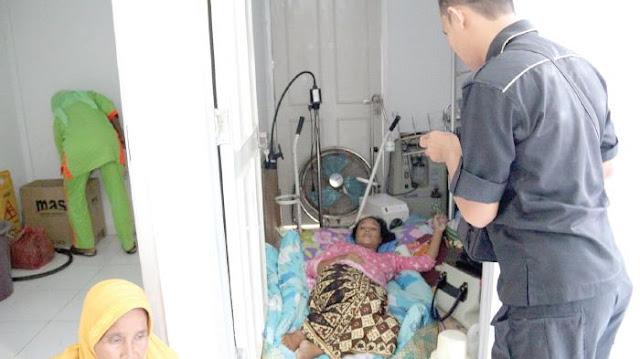 Baru Lahirkan Seorang Anak, Ibu Ini Terpaksa Tidur Di Gudang Rumah Sakit