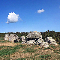 https://www.paintwalk.com/2019/01/normandy-megalith-allee-couverte-de.html
