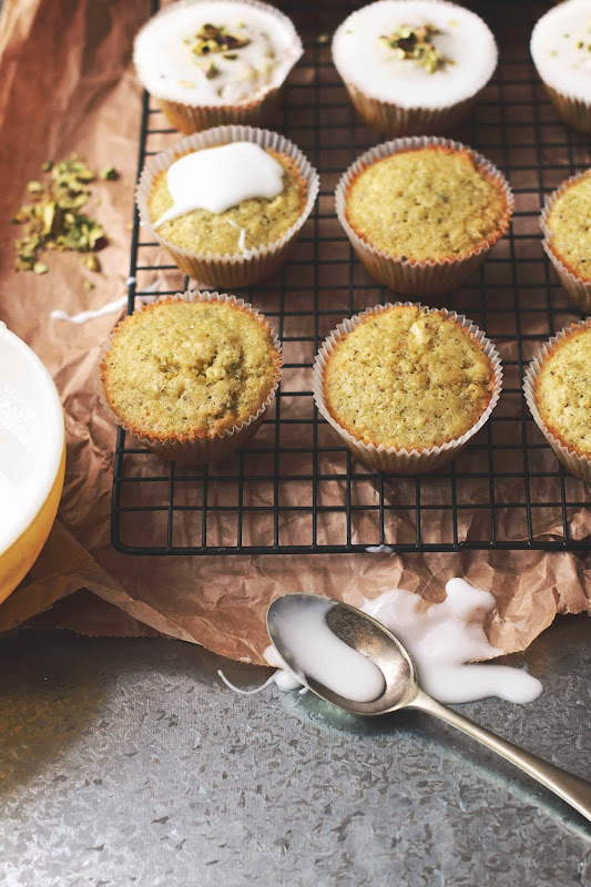how to make icing for cupcakes with caster sugar