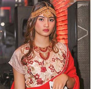 Maura Gabrielle India