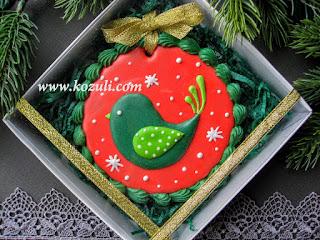 Новогоднее печенье Рождественская птичка в коробке 12х12х3,темно-зеленый бумажный наполнитель