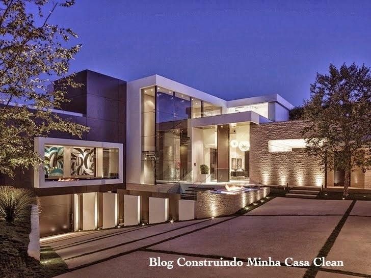 Construindo minha casa clean fachadas de casas em for Huge modern houses for sale