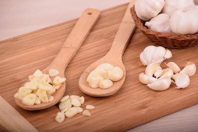 अच्छी नींद के लिए खाएं लहसुन Eat Garlic for Good Sleep Health News in hindi