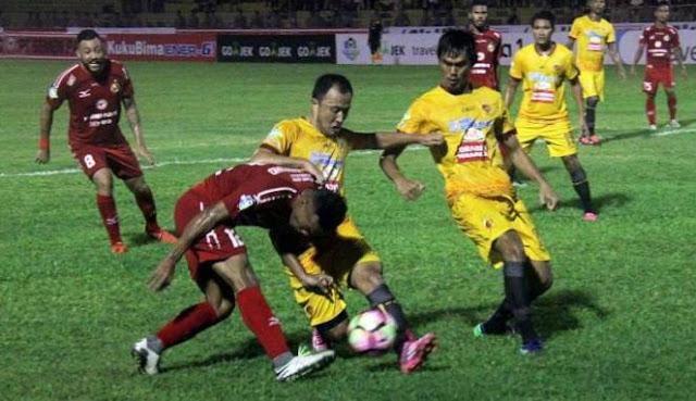Semen Padang Vs Sriwijaya FC Berakhir Imbang 1-1