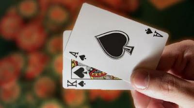 Panduan Membedakan Permainan Poker Asli Dan Play Poker