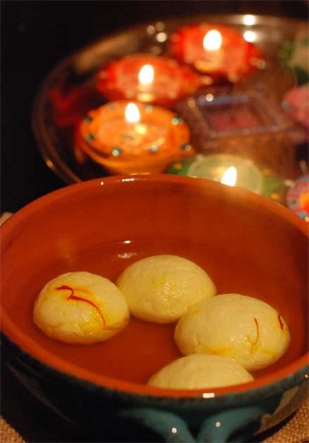 Bengali Rasgulla or Roshogolla