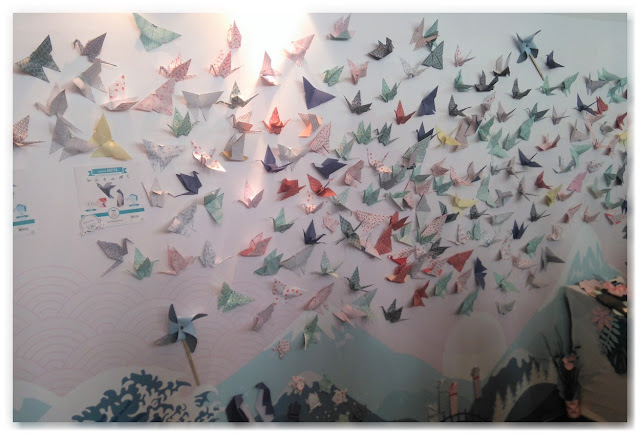fresque géante d'origamis Agent Paper