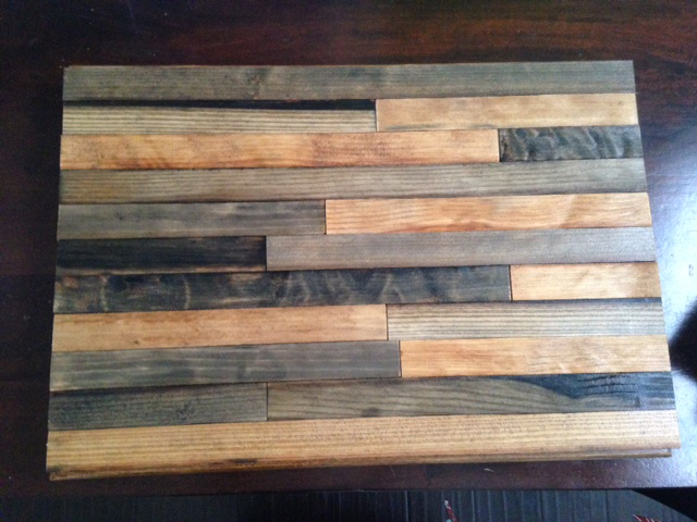 Distressed Wood Round Dining Room Table
