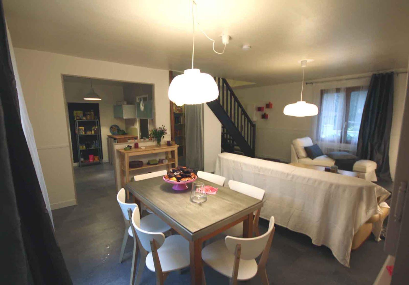 deco chambre ado sophie ferjani 045033 la meilleure conception d 39 inspiration. Black Bedroom Furniture Sets. Home Design Ideas