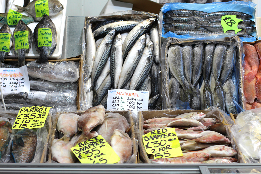 Fresh seafood at Billingsgate Market - London foodie blog