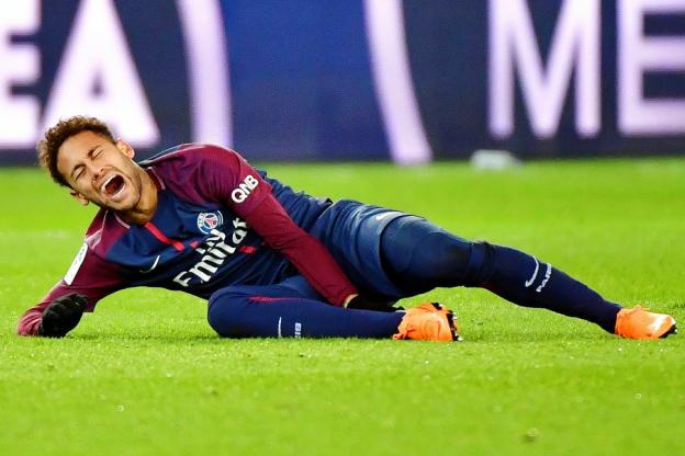 Neymar recupera nas mesas de poker