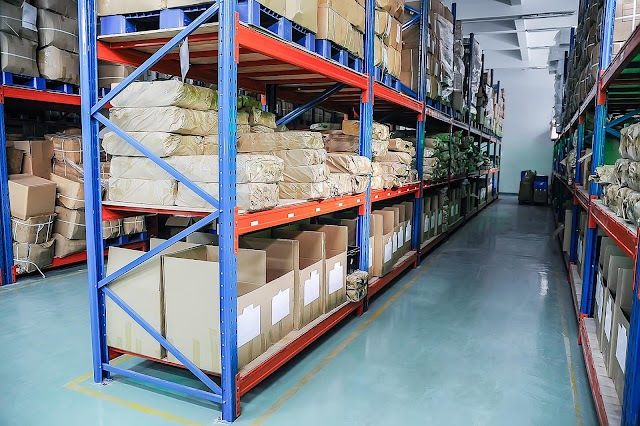 Industrial Racks: Safety and Organization go Hand in Hand