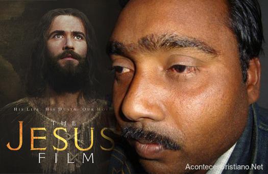 Pastor organiza evangelismo con película Jesús en India