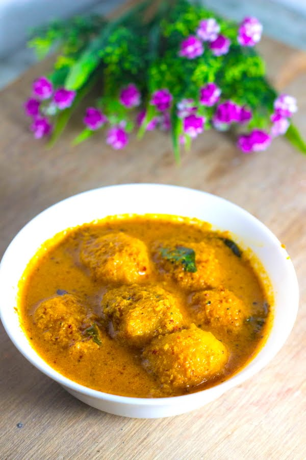 sweet and sour mango curry, Mangalore pashingiri curry, Goan mango saasav, Konkani saasav