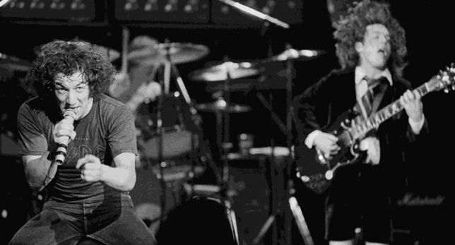 Angus Young y Brian Johnson AC/DC
