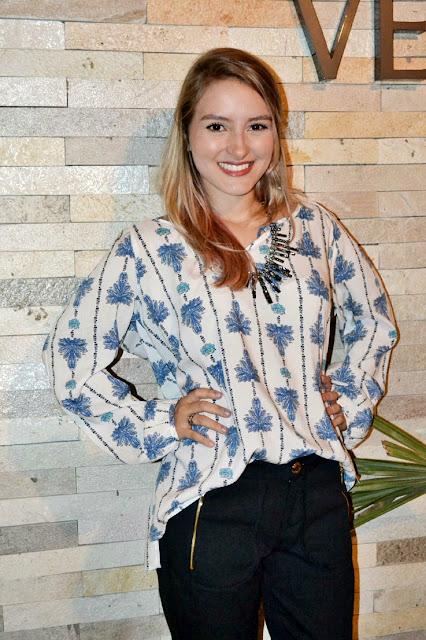 763b66973 Nesse look, primeiro foi uma homenagem a amiga Jade Maranhão que estava no  evento e tinha amado a blusa, eu já tinha amado a calça, porque meu biótipo  não ...