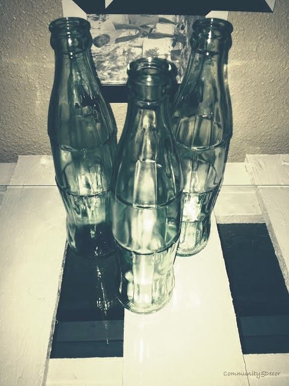 Pintar botellas de coca cola con spray