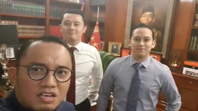 Kenalkan Dua Pengawal Ganteng Prabowo, Ngakunya Masih Jomblo